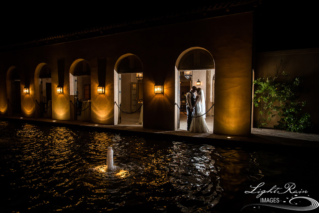 Wedding photography Royal Palms Resort fountain